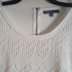 White Top with Lovely Lace Overlay Size XL